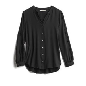 41 Hawthorn Button Down Blouse in Black, Size Sm
